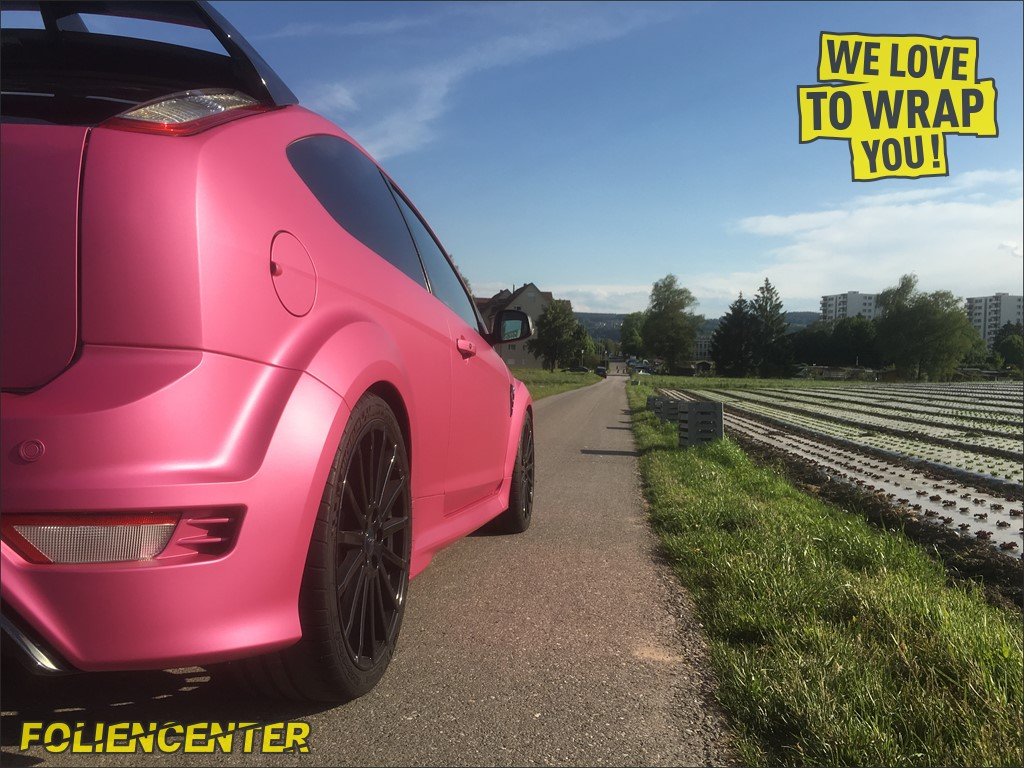 Ford Focus RS pink-matt