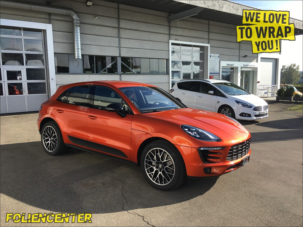 Porsche Macan orange-metallic